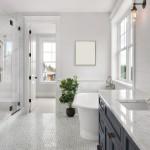 Ganar espacio visual en el cuarto de baño