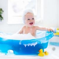 Tips imprescindibles para el baño del bebé